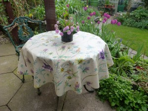 April 2017 Tablecloth of the Month winner